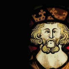 13th Century Round Stained Glass Window Depciting a King at the Yorkshire Museum